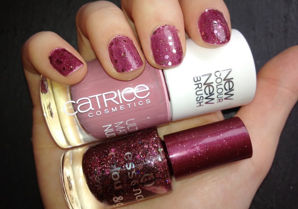 Nailpolish of the day: Catrice Ultimate Nudes 090 Karl Says Tres Chic & Essence colour&go 72 time for romance